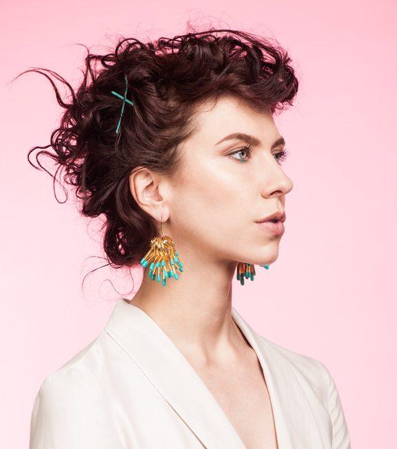 Dottie Oversized earrings Oddical model image