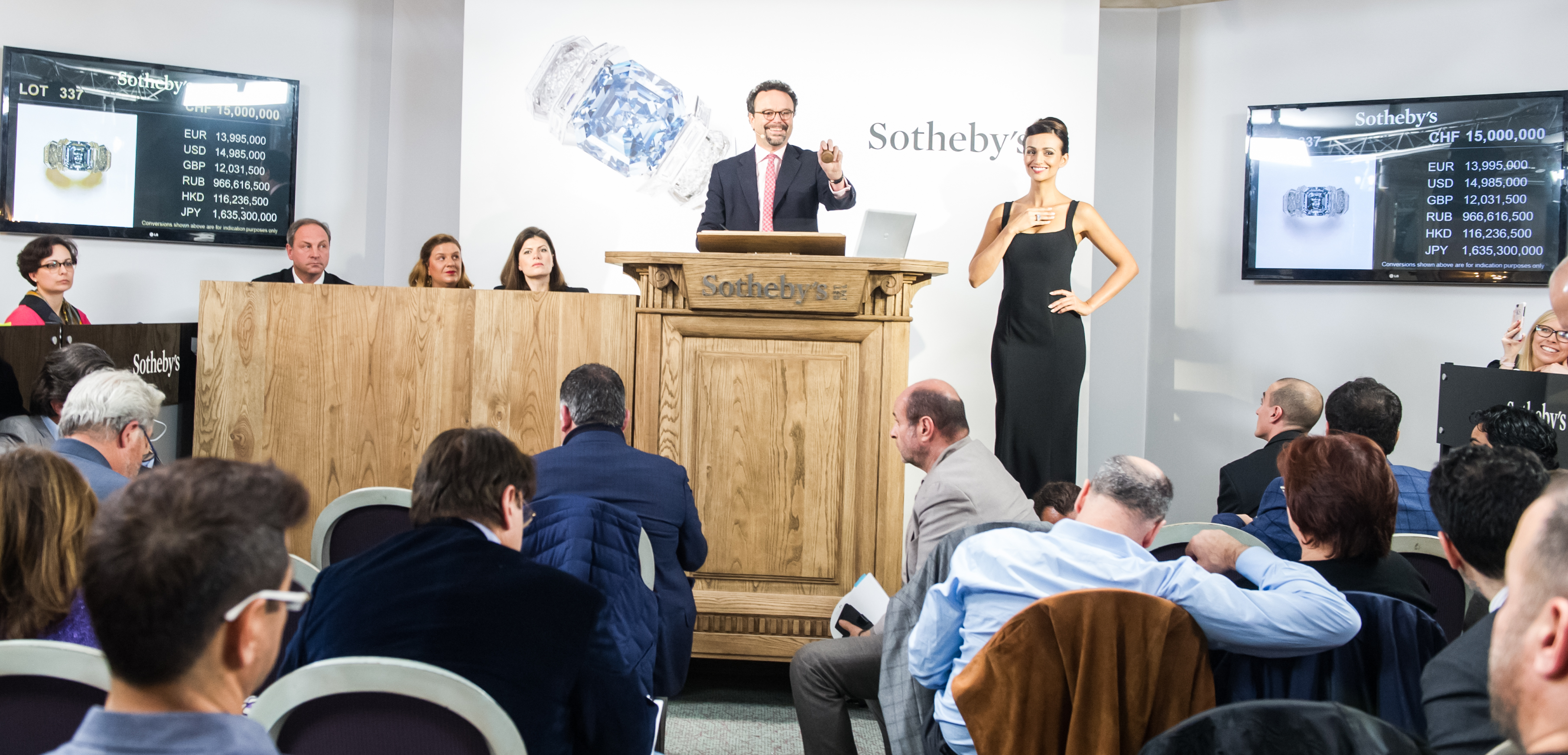Geneva Auctions Report: Why Pink and Blue Diamonds Continue to Woo Investors