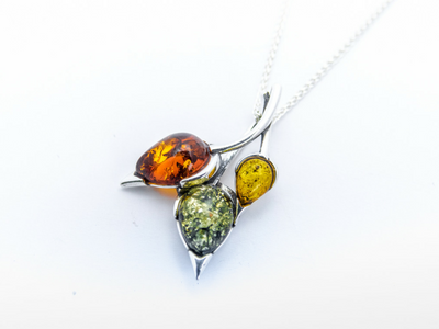 Henryka Necklace Amber IJL 2017