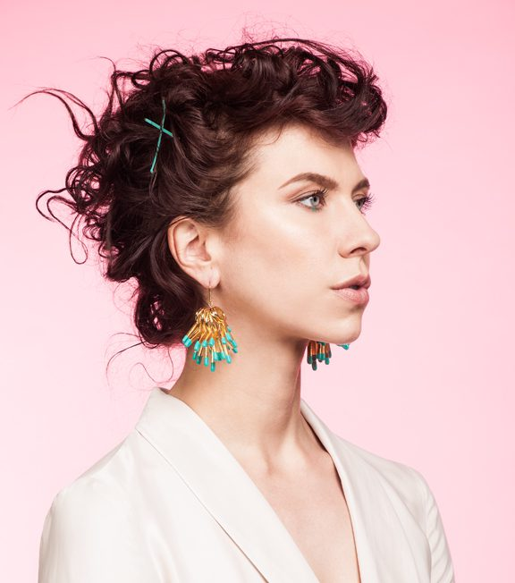 Dottie Oversized earrings Oddical model image