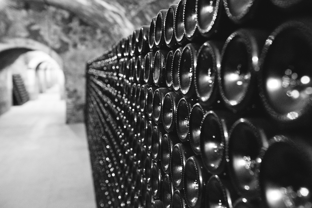 thienot-caves