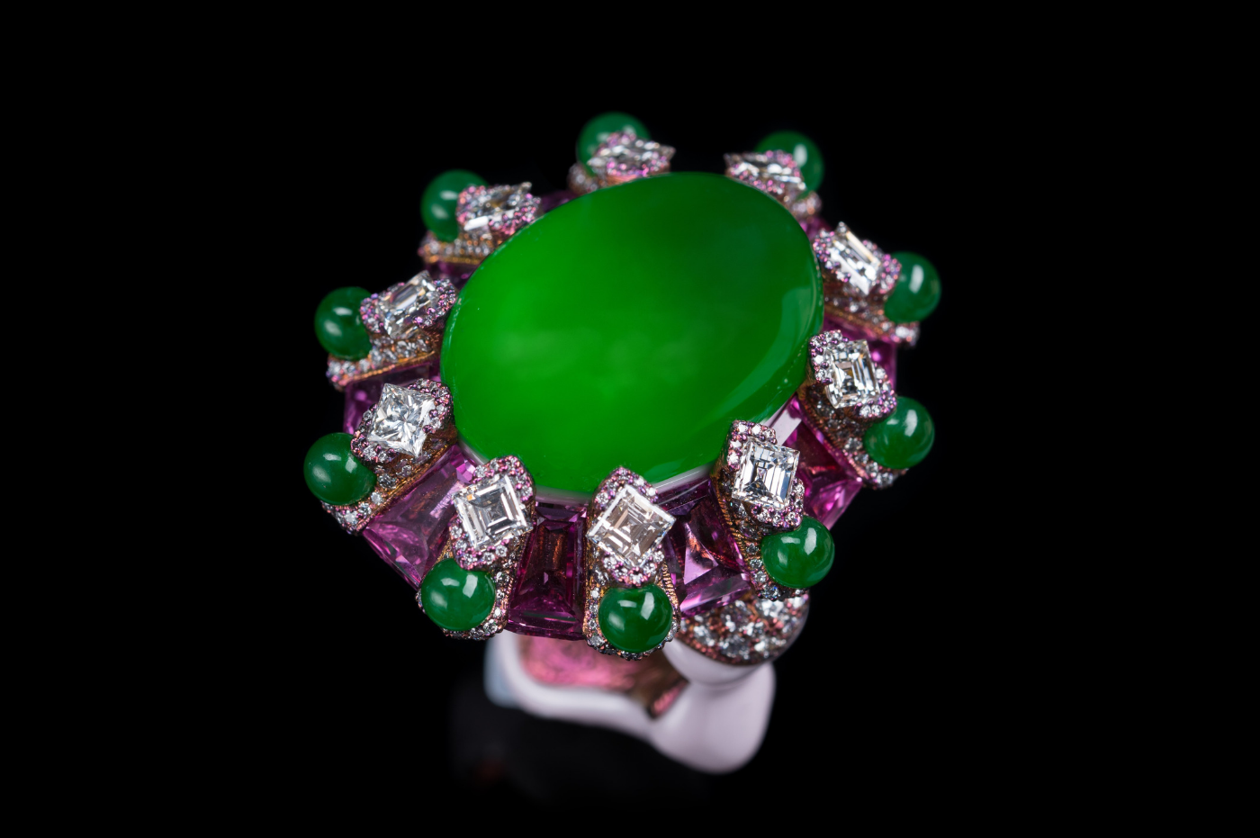 INTERVIEW-Wallace Chan discusses the strengths of jade in jewellery